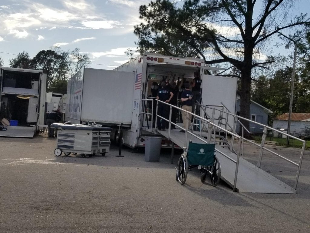 Mobile hospital ramp